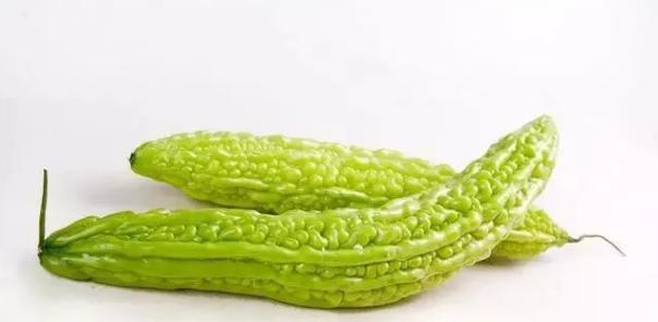 苦瓜因含有苦瓜多肽降血糖蔬菜排名第一